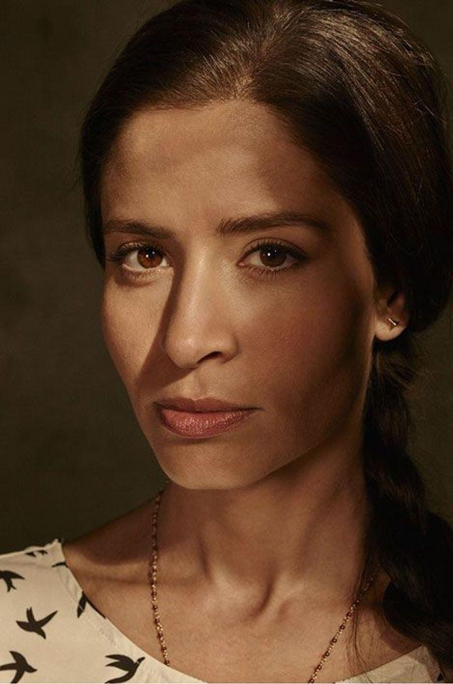 Ofelia est la fille de Griselda et Daniel. Elle est très protective envers ses parents qui sont des immigrés, même s'ils ne sont pas toujours d'accord. Elle est dévouée et toujours prête à se battre pour ses convictions.