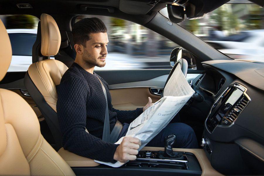 Le modèle XC90 de Volvo transformé en voiture autonome