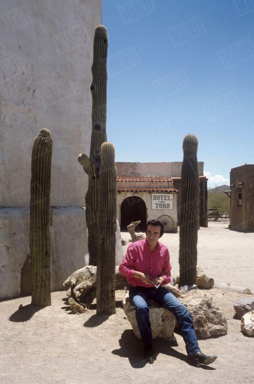 Dick Rivers près de Tucson, en Arizona, aux Etats-Unis,en juillet 1987.