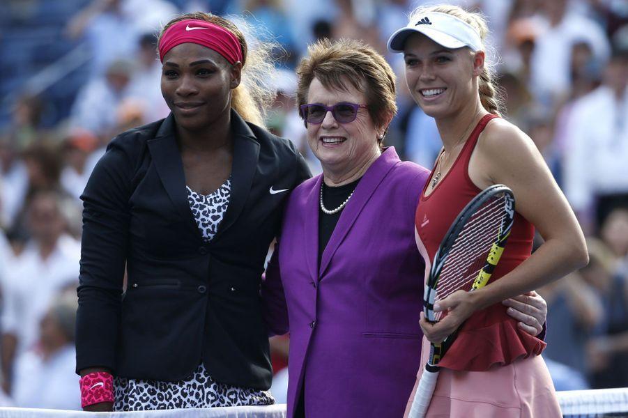 L'ancienne joueuse Billie Jean King est venue saluer les finalistes de l'U.S Open, Serena Williams et Caroline Wozniacki.