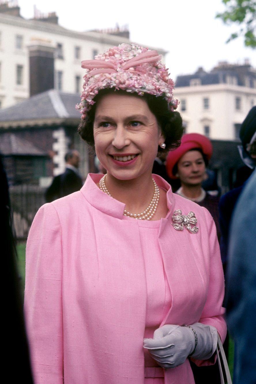 La reine Elizabeth II à Londres (1967)