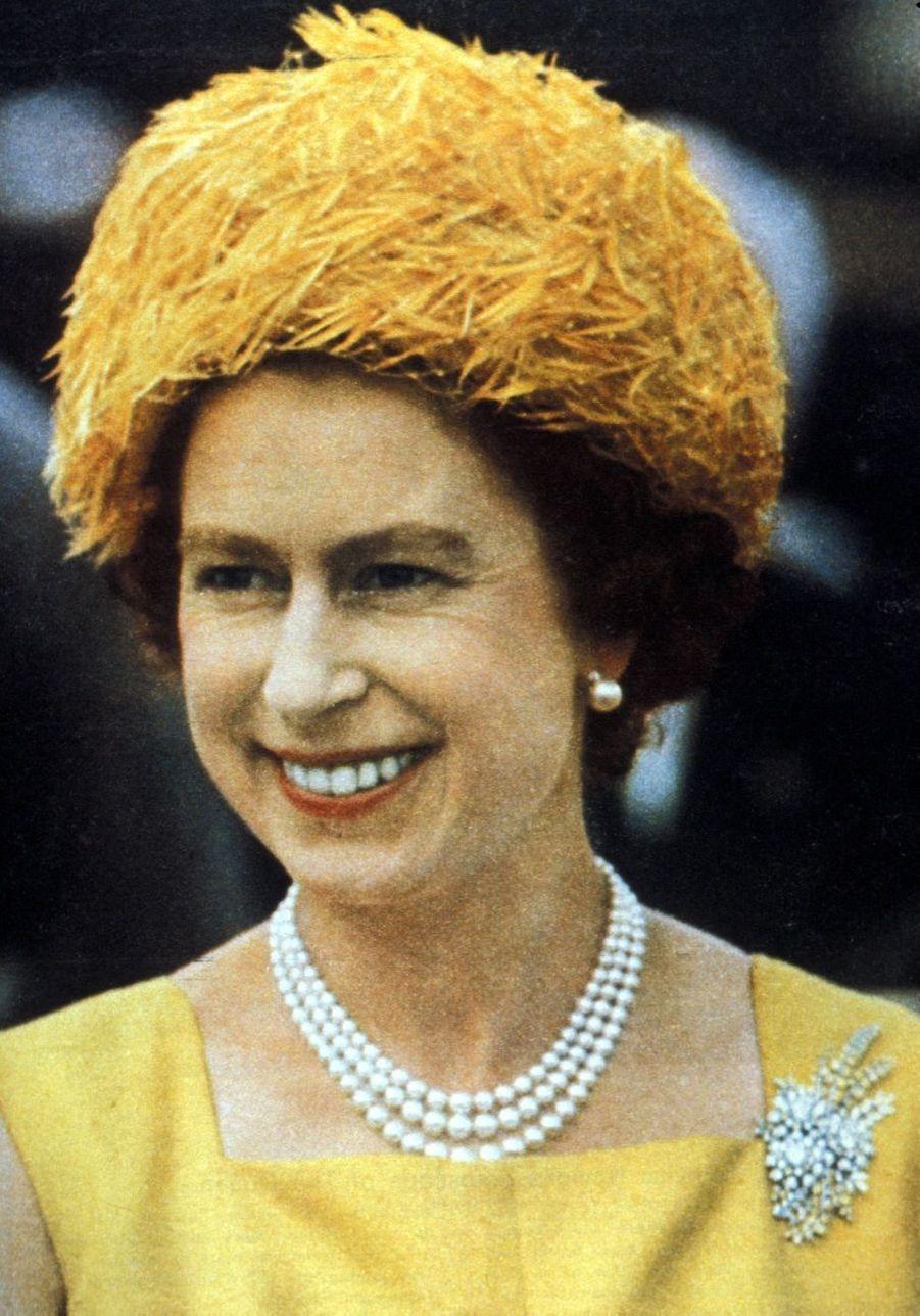 La reine Elizabeth II dans les Antilles britanniques (1966)