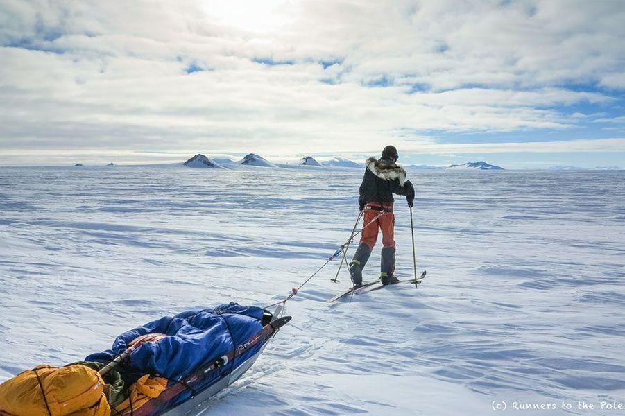 Stéphanie et Jérémie Gicquel ont atteint le pôle Sud en ski sans assistance.