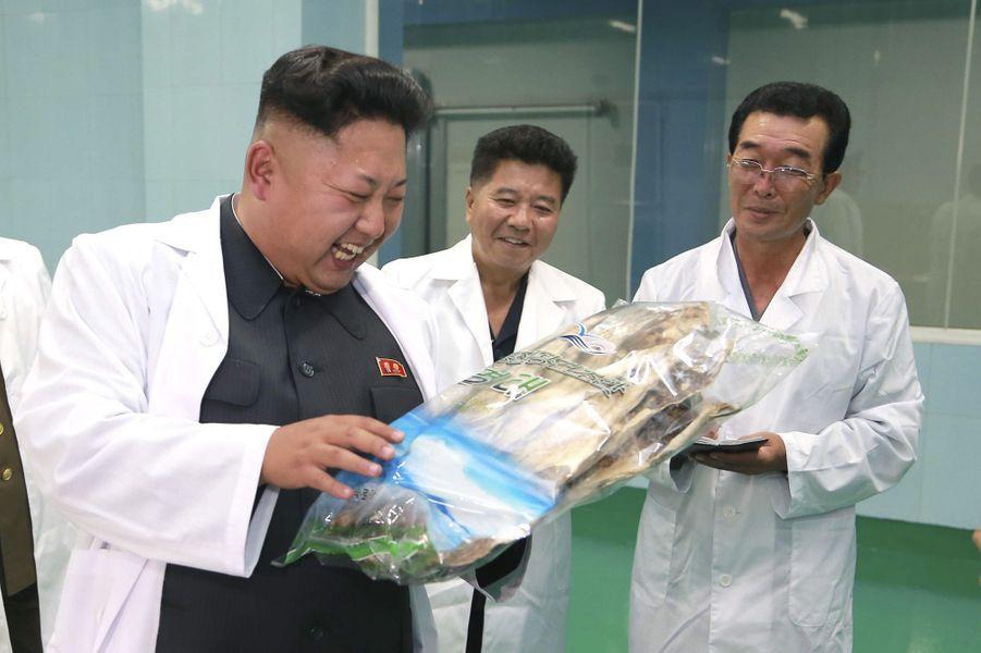 Kim Jong-un a visité une usine agroalimentaire de Pyongyang