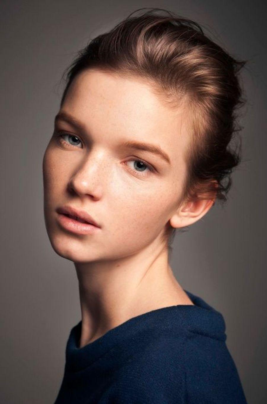 Eva, 16 ans, au sommet des jeunes tops