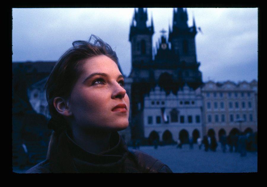 Paulina Nemcova à Prague en République tchèque, décembre 1989.