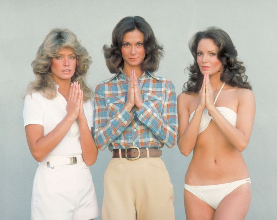 Farrah Fawcett, avec Kate Jackson et Jaclyn Smith, dans « Drôles de Dames » en 1976.