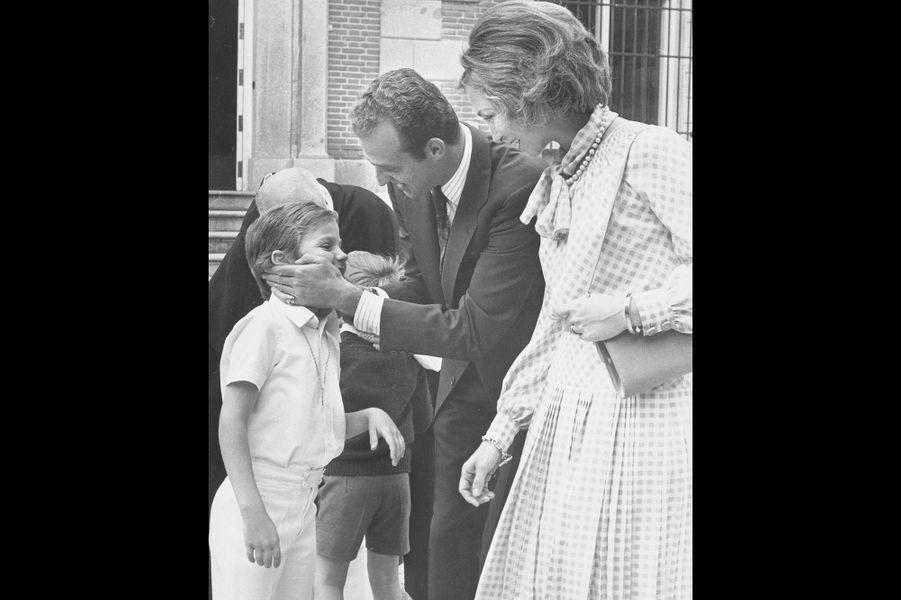 A sa communion, en 1975