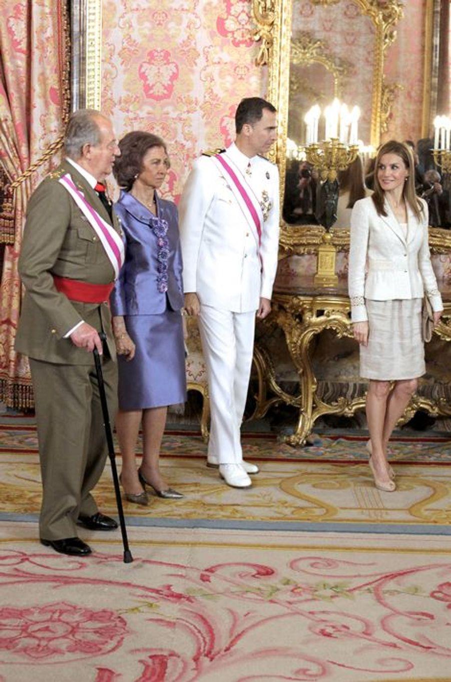 Felipe et Letizia, solennels mais complices