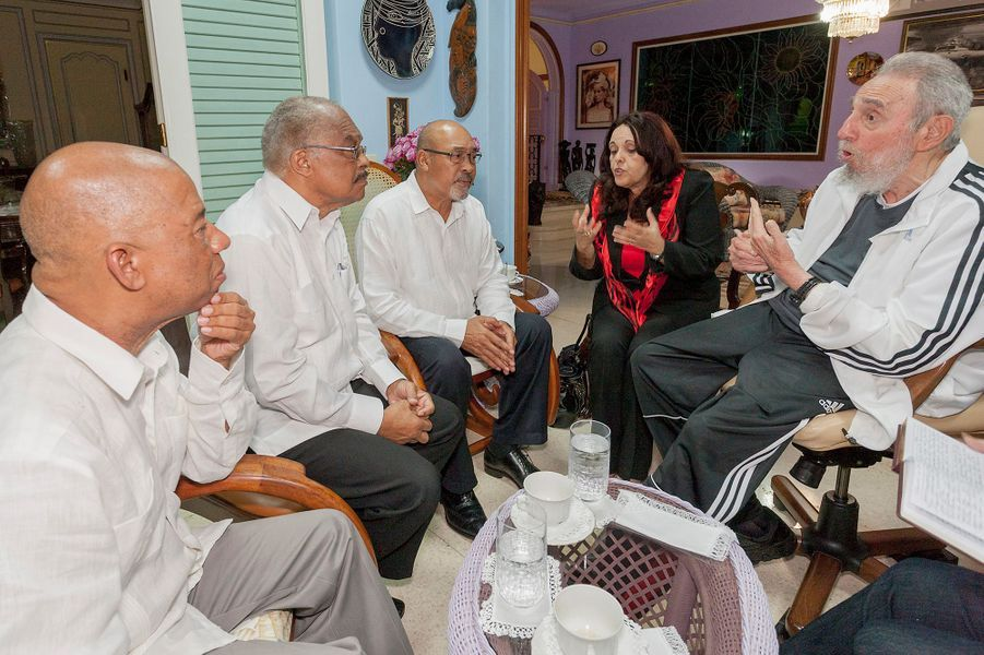 Fidel Castro réapparaît sur la scène diplomatique