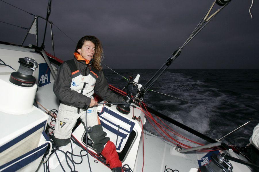 La navigatrice, associée au français Luc Poupon, s'apprêtait à prendre le départ début novembre 2007 de la «Transat Jacques Vabre».