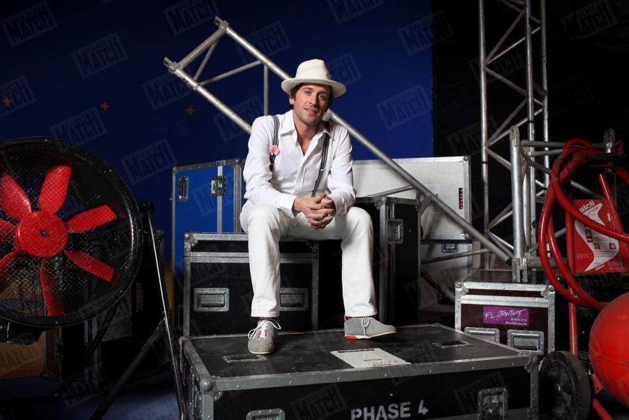 """Thomas Dutronc, sur le tournage du conte musical """"Dr. Tom"""", en novembre 2010."""