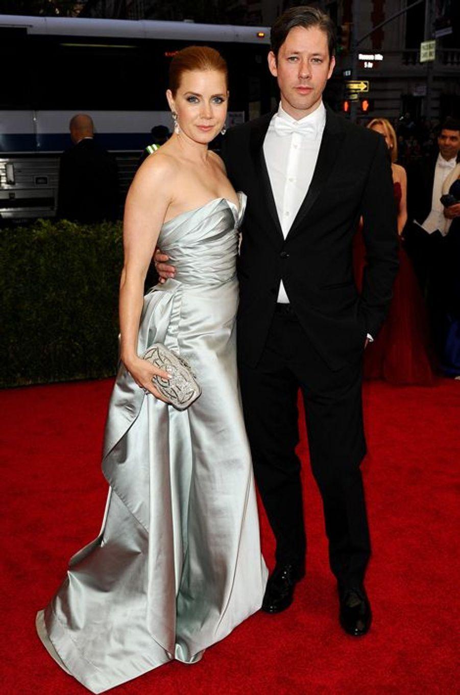 Amy Adams (en Oscar de la Renta) et Darren Le Gallo