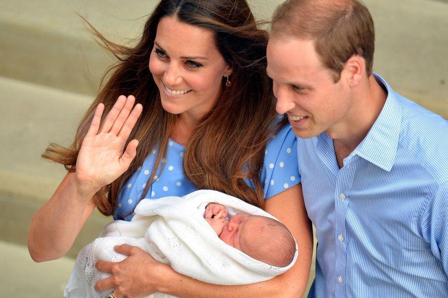 Le fils de Kate et William est le dernier d'une longue lignée de George. Six rois portant son nom se sont succédé sur le trône d'Angleterre. Six monarques au tempérament bien différent.