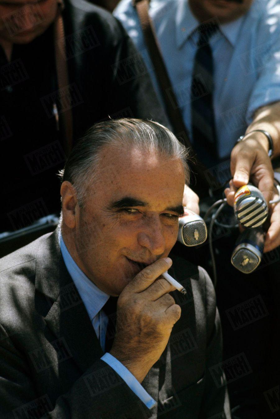 Le candidat Georges Pompidou en campagne lors de l'élection présidentielle en juin 1969.