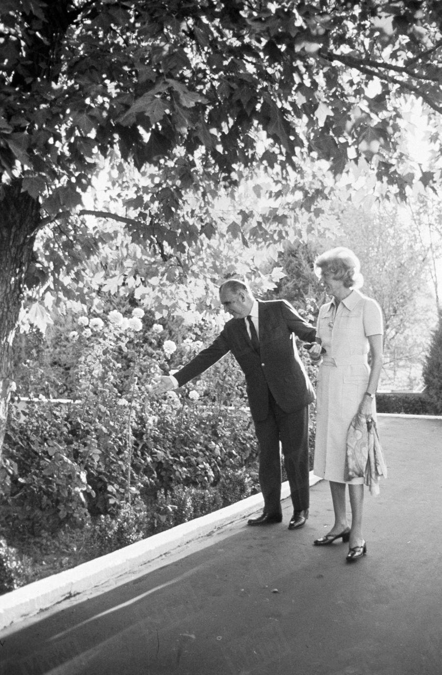 Georges Pompidouavec son épouse Claude à Moscou en octobre 1970.