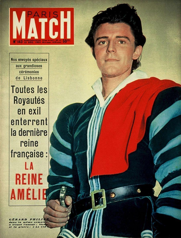 """Gérard Philipe triomphe dans """"Le Cid"""" mis en scène par Jean Vilar, en couverture du Paris Match n°143 du 15 décembre 1951."""