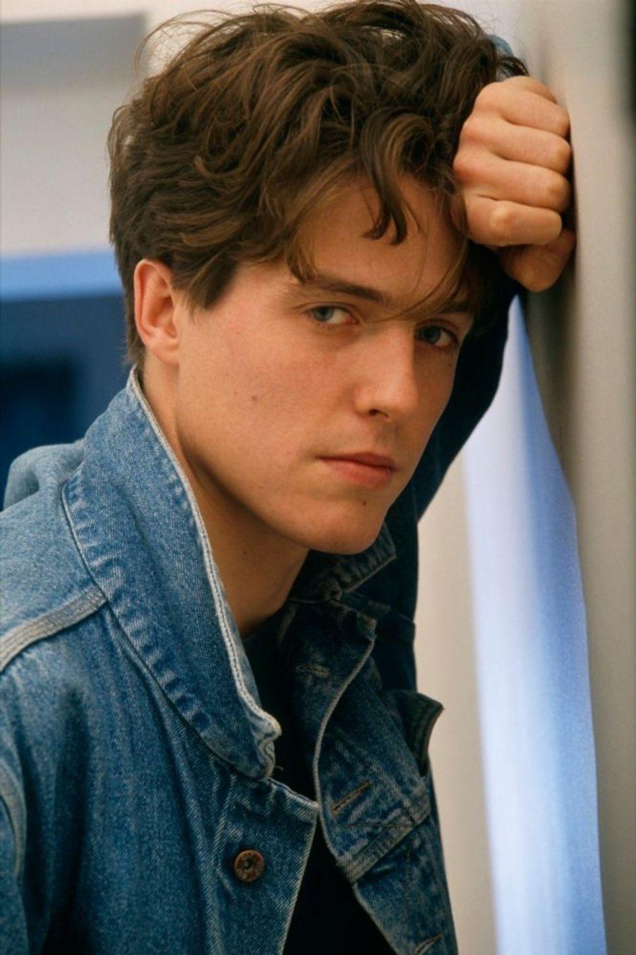 Hugh Grant en novembre 1988.