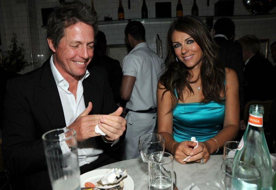 Elizabeth Hurley et Hugh Grant en 2010.