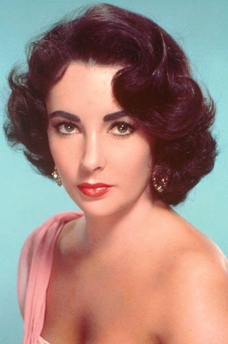Elizabeth Taylor vers 1955