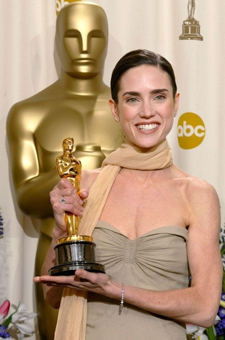 En 2002, Jennifer Connelly remporte l'Oscar du Meilleur second rôle féminin pour sa prestation dans «Un homme d'exception».