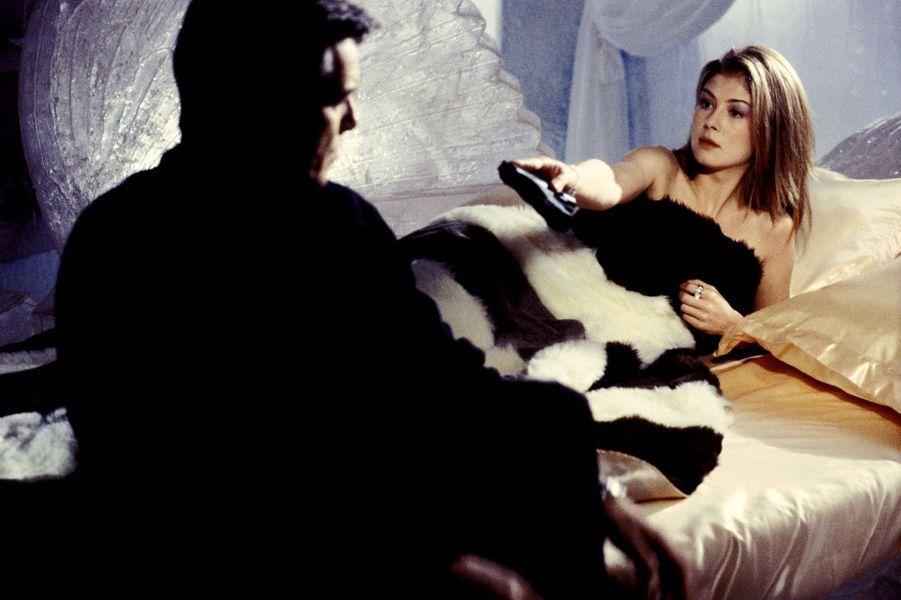 """""""James Bond : Meurs un autre jour"""", 2002"""