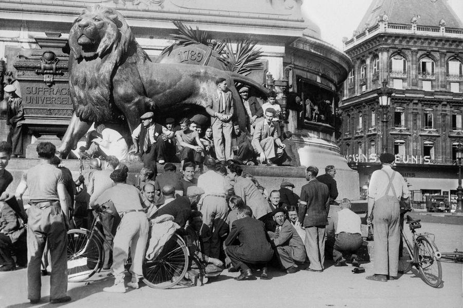 Le 25 août 1944, les derniers snipers allemands frappent sur Paris