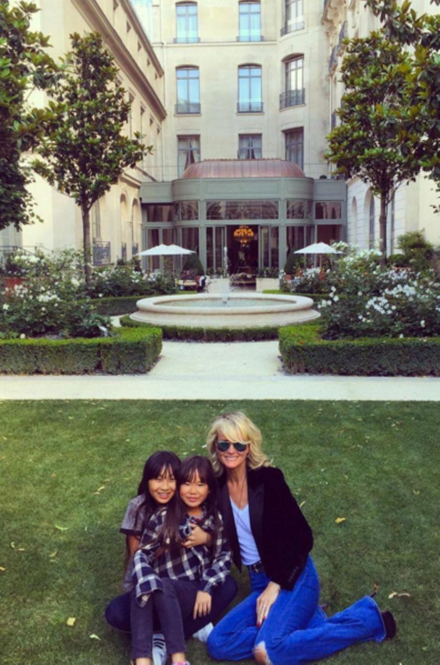 Laeticia Hallyday et ses deux filles sont allées manger chez Jean-François Piège