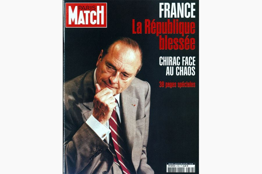 Jacques Chirac en couverture de Paris Match, le 2 mai 2002.