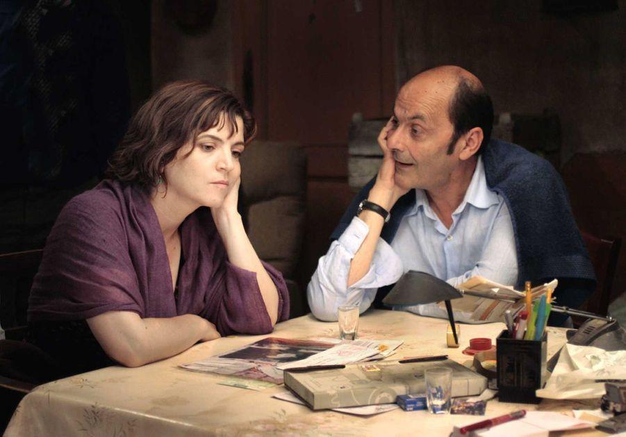 Jean-Pierre Bacri et Agnès Jaoui dans « Parlez-moi de la pluie » en 2008.