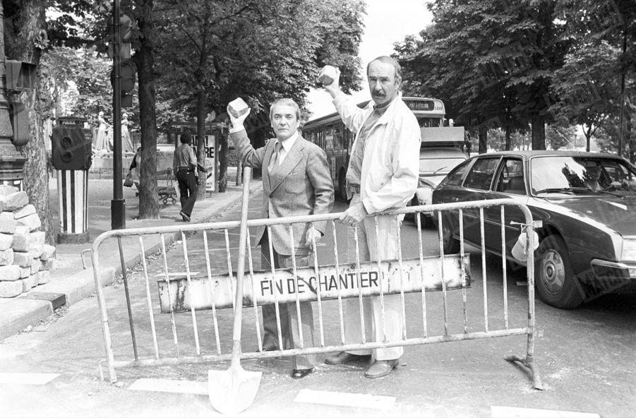 Jean-Pierre Marielle avec Jean Carmet, duo comique dans « Plus ça va, moins ça va », de Michel Vianey, le 14 août 1977.