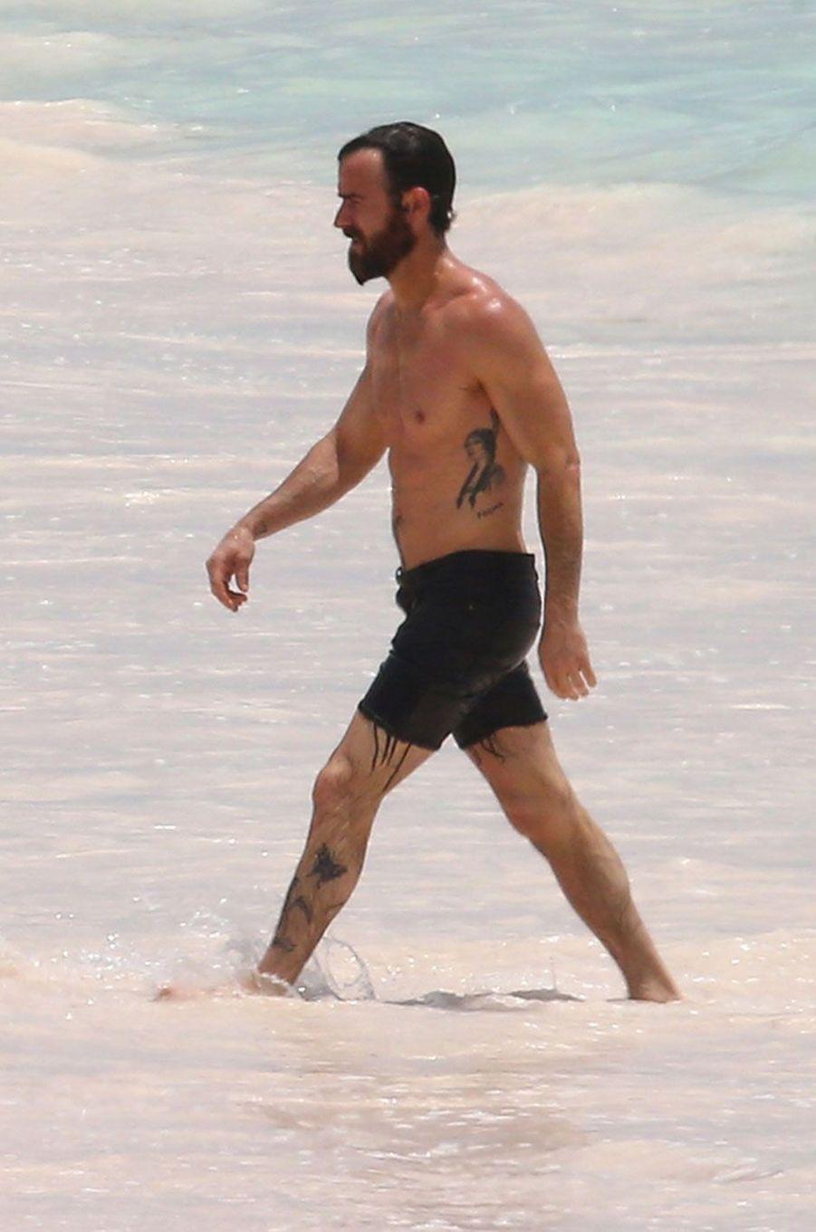 Justin Theroux en vacances aux Bahamas
