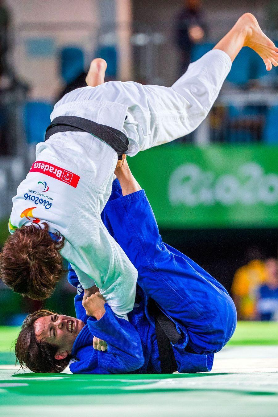 Sandrine Martinet a remporté l'or au judo dans la catégorie des moins de 52 kilos