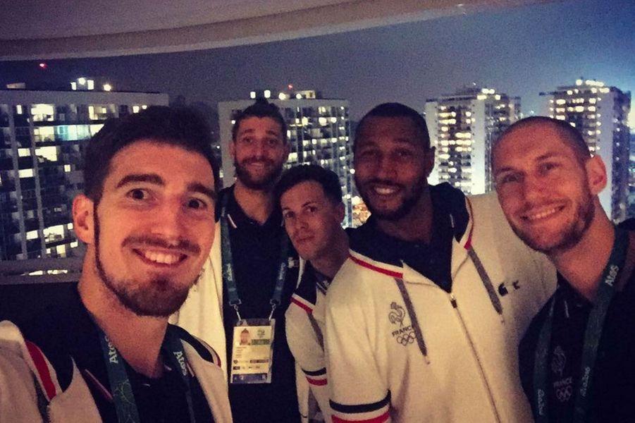 Les basketteurs français au village olympique de Rio