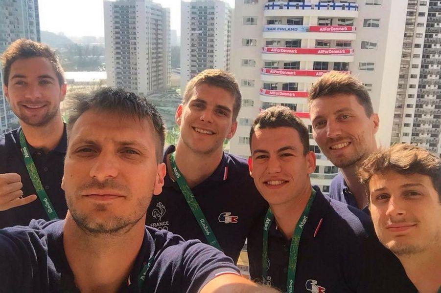 Les volleyeurs français au village olympique de Rio