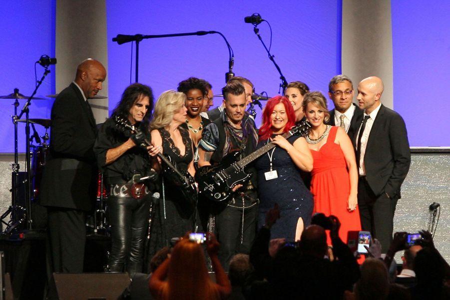 Gala caritatif de Starkey Hearing, avec notamment Johnny Depp