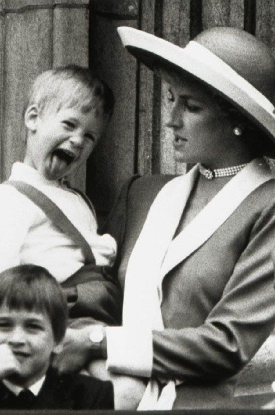 1988, fripon dans les bras de Diana