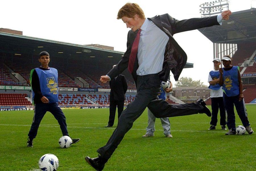 2002, il tape dans le ballon à West Ham