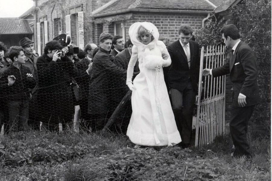 Le mariage de Sylvie Vartan et Johnny Hallyday, en avril 1965