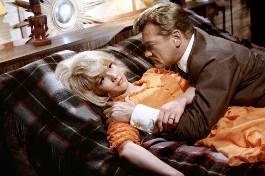 """Sylvie Vartan et Jean Marais, dans """"Patate"""" (1964)"""