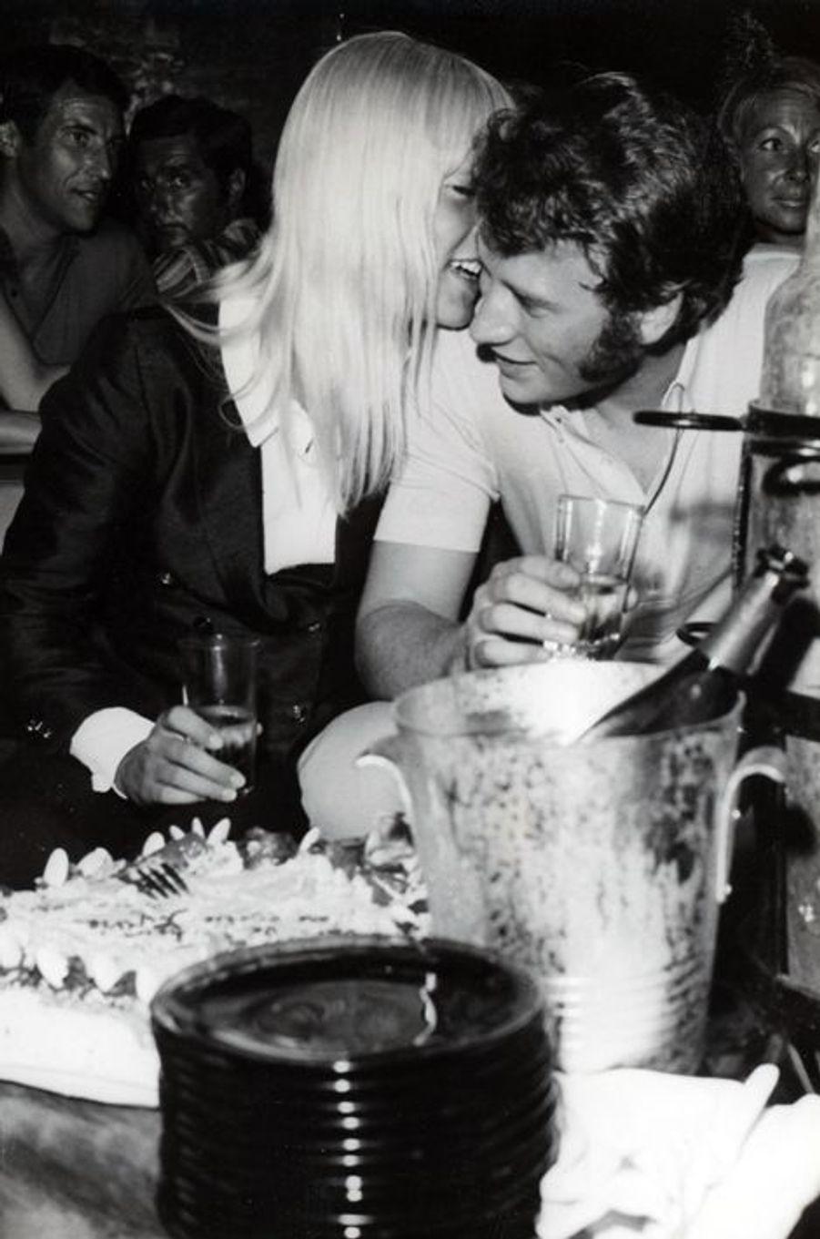 Sylvie Vartan et Johnny Hallyday, en août 1967