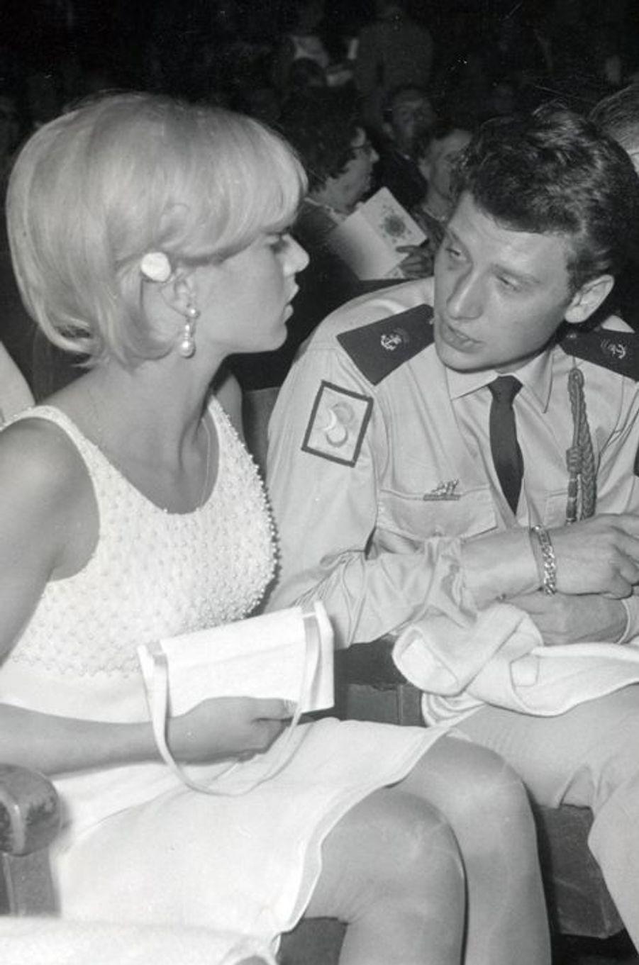 Sylvie Vartan et Johnny Hallyday en septembre 1964