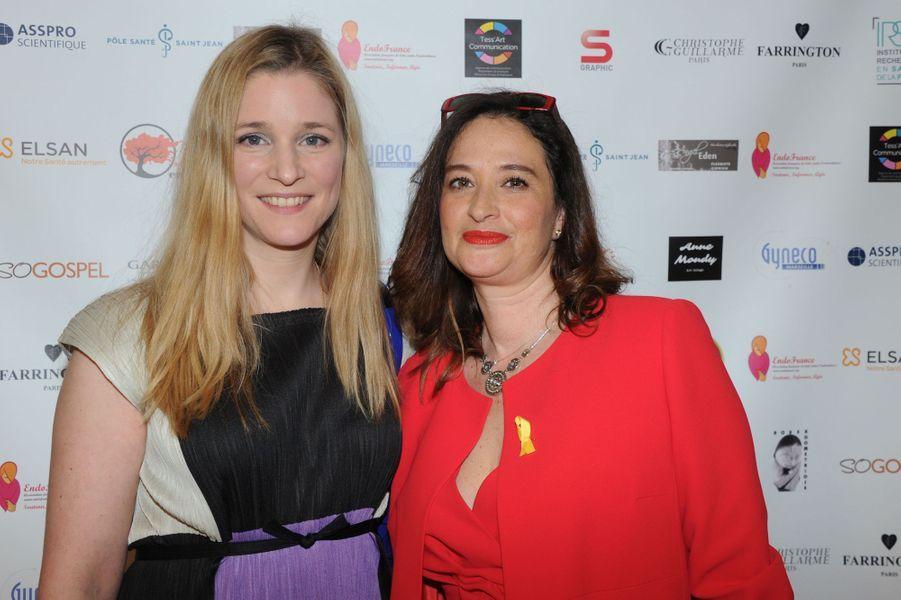 Natacha Regnier et Esther Meyniel