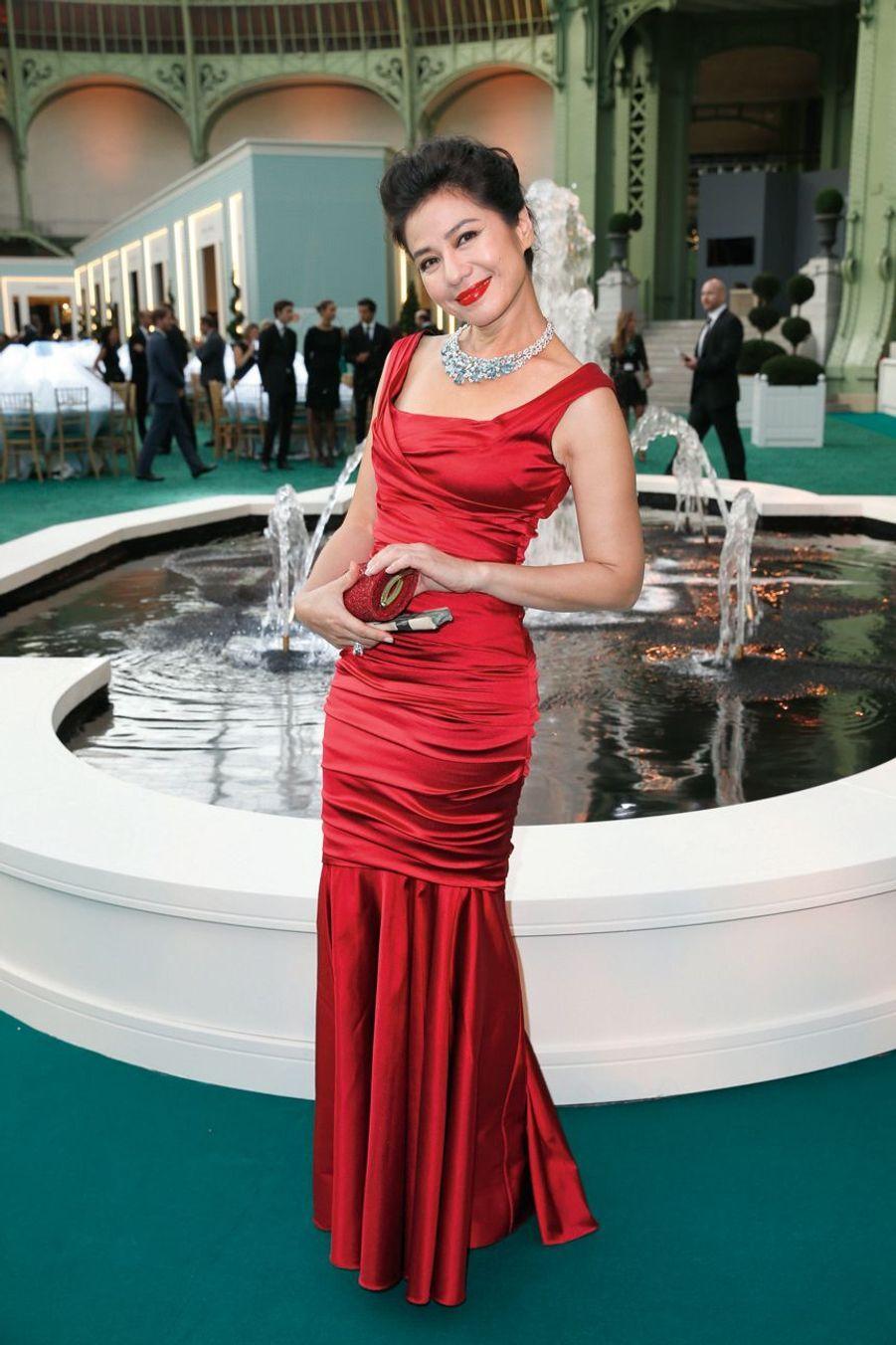 Cherie Chung (bijoux Chaumet).