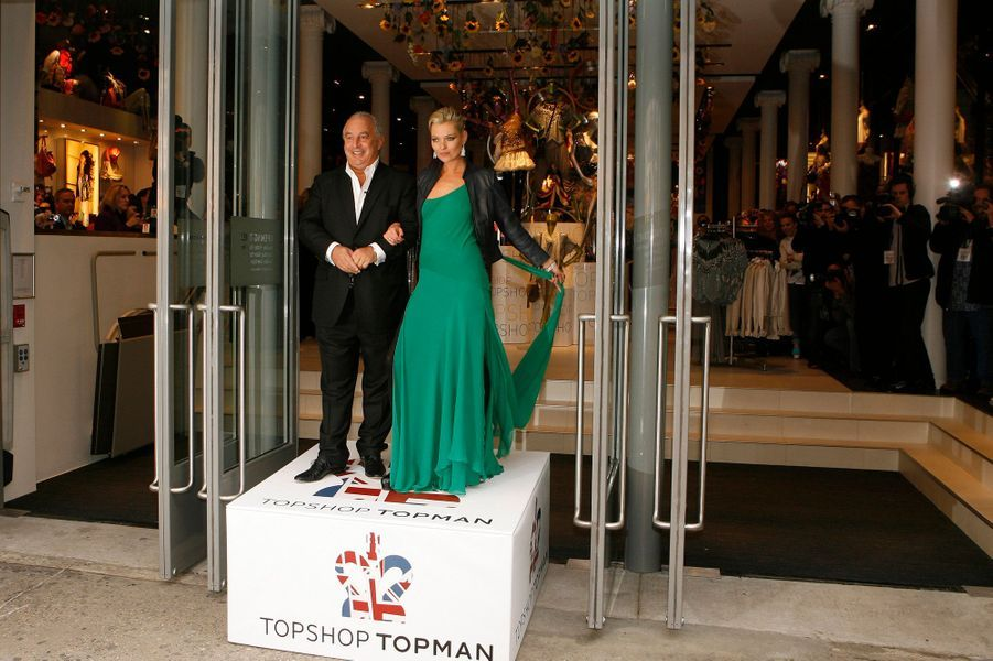 En avril 2009 avec Sir Philip Green, le patron de TopShop