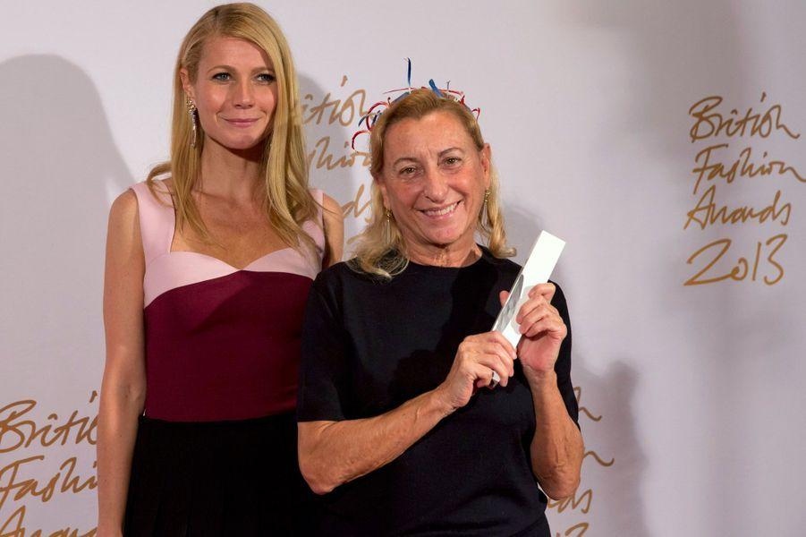Gwyneth Paltrow et Miuccia Prada, designer international de l'année