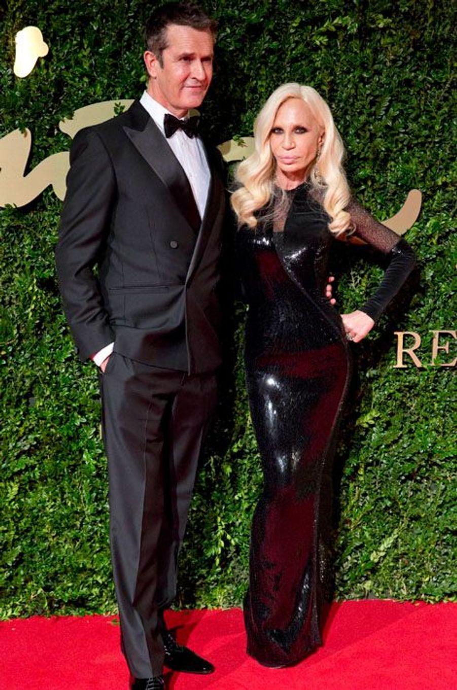 Rupert Everett et Donatella Versace