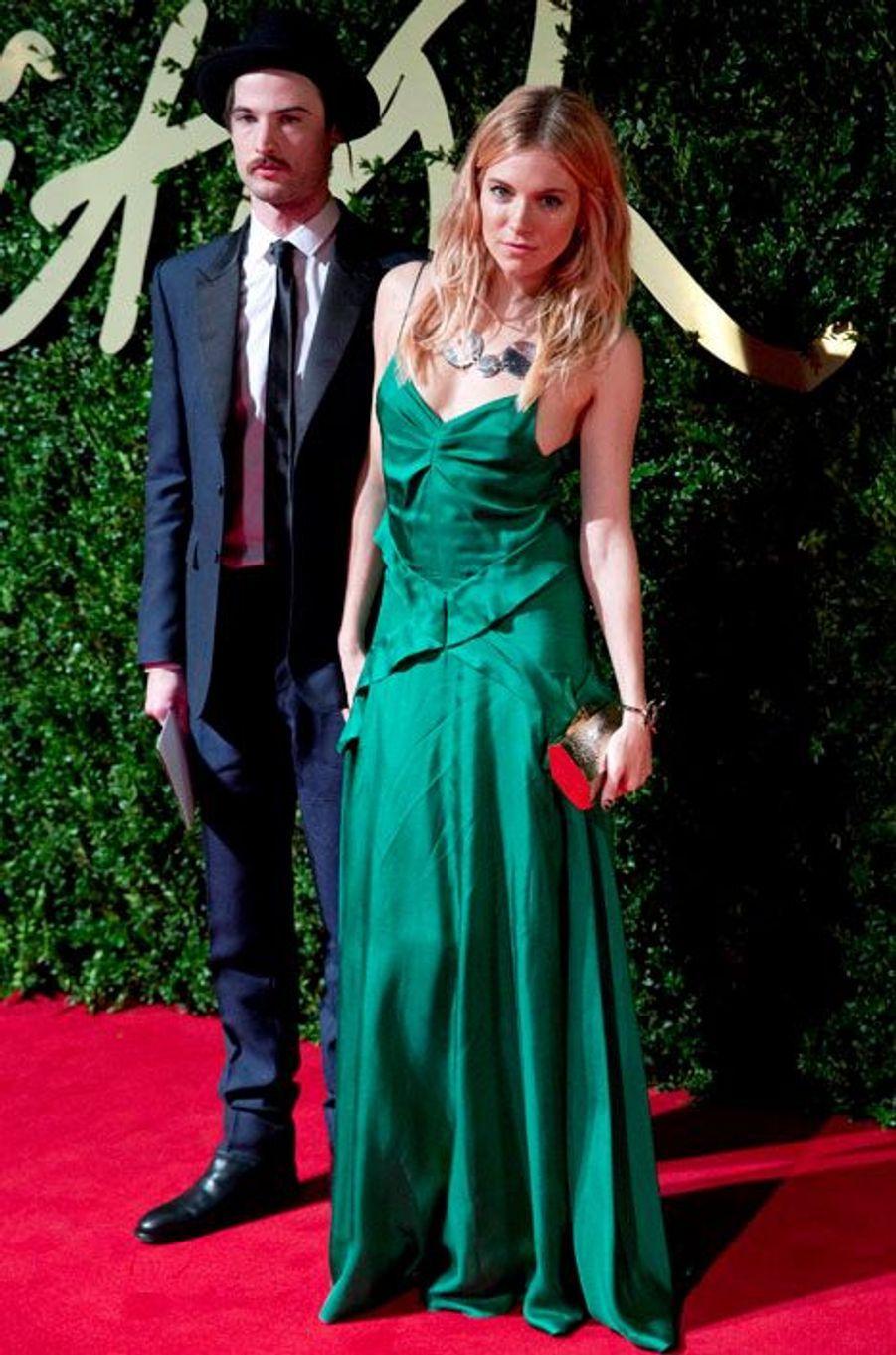 Tom Sturridge et Sienna Miller