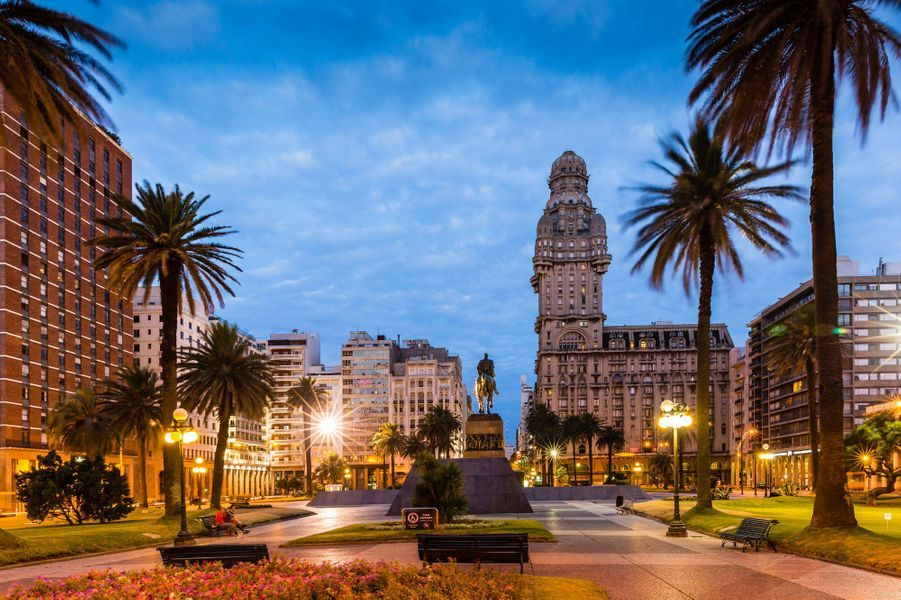 Place de l'Indépendance à Montevideo