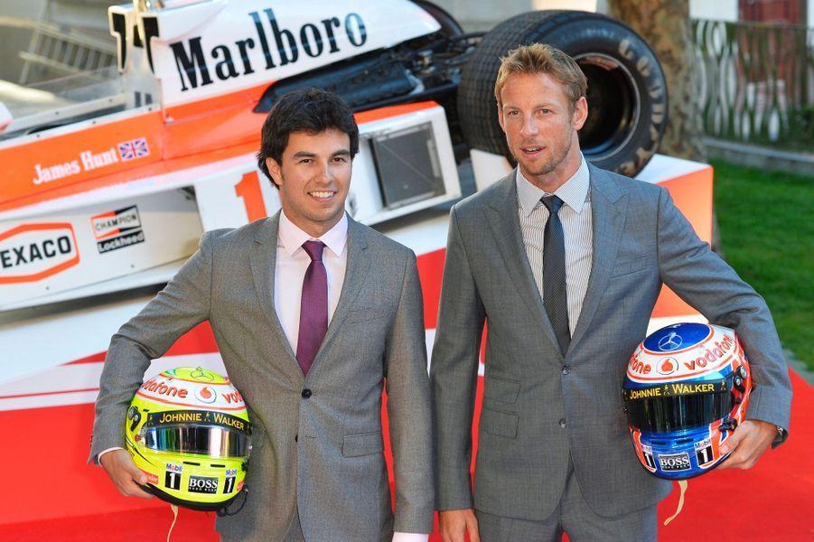 Les pilotes Sergio Perez et Jenson Button